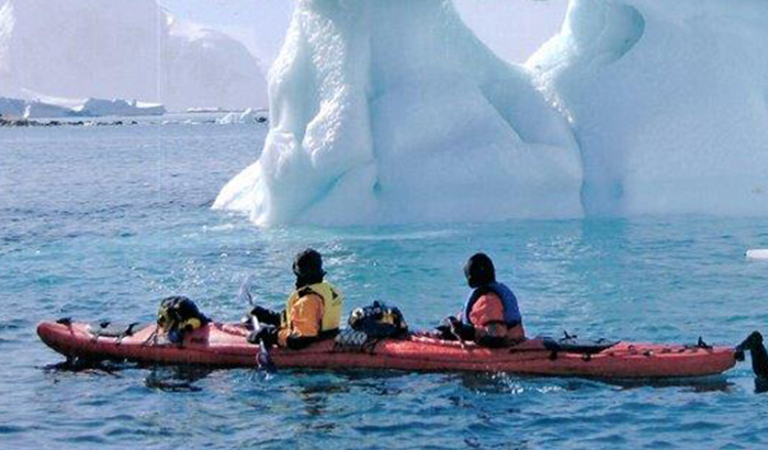 Kayaking through icebergs with CMI