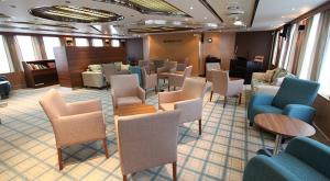 M/V Ocean Endeavor luxury lounge