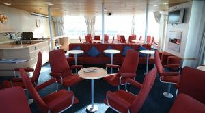M/V Sea Endurance lounge